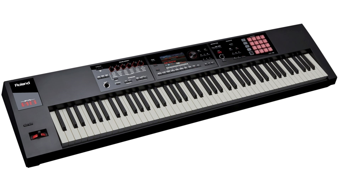 FA-08 Roland  Roland FA-08 Synthesizer, 88 tangenter